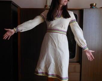 1970s Hippie dress folk