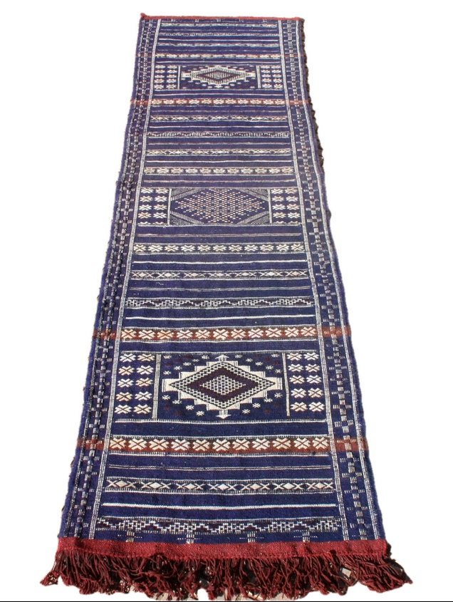 blue runner rug blue rug runner red white blue wool runner. Black Bedroom Furniture Sets. Home Design Ideas