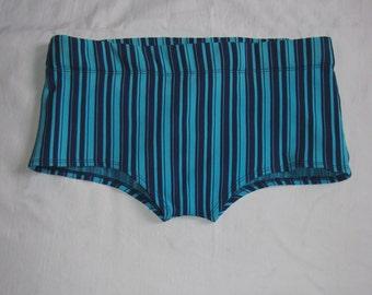 Men vintage SWIM TRUNKS Nyltes Helanca German retro trunks striped blue