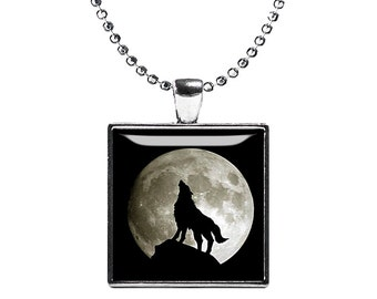 Wolf and Moon Necklace Wild Wolf Square Pendant Wolf Jewelry Animals