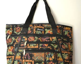 WAS 12.50 NOW 8Vintage Fabric Floral Weekend Holdall Bag
