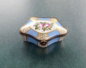 Five sided Limoges Porcelain Trinket box in blue white and gold,French Limoges box,Vintage Porcelain box,Gift idea,Gift for her,Gift for him