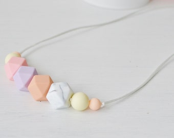 Silicone Teething Necklace | Teething Necklace | Breastfeeding Necklace for Mom | Baby Shower Gift | Baby Gift | Mom Gift | Newborn Gift