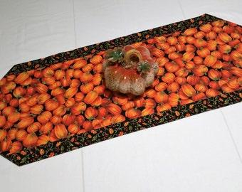 Thanksgiving table runner  Handmade table runner  Fall table runner  Autumn table runner