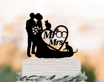 Bride and groom Wedding Cake topper mr and mrs,  wedding cake topper with heart and wedding ring, silhouette, topper with cat, two cat