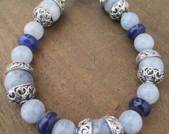 Very cute and trendy-aquamarine and lapis lazuli reinforced bracelet.