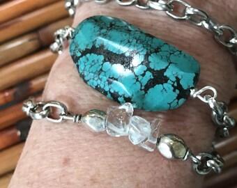 Flat turquoise chain bracelet