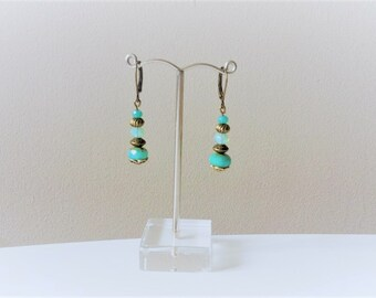 Dangling earrings with pearls bronze/green water colors