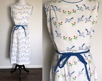 Gooses Dress | 1970s Vintage The Vested Gentress Novelty Print White + Blue Sleeveless Midi Dress | Size L/XL
