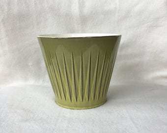 Vintage green flower pot with relief years 60/70