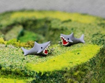 3D Grey Shark Earrings, Grey Shark Earrings, Dangly, Novelty, Sea creature, Lovely Cartoon Handmade Biting Ears Polymer Clay Stud Earrings!