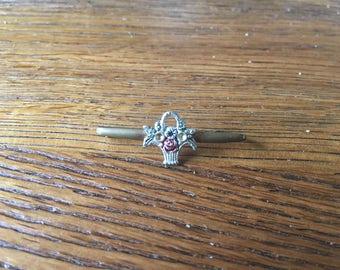 Flower basket brooch - vintage - floral tie pin