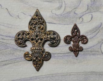 Vintage Ornate French Fleur de Lis Filigree Brass Stamping Made from Antique Tooling 1 Piece 2 Sizes 497-8J