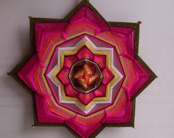 Muladhara - woven mandala / ojo de dios / olho de deus / eye of God - wall decor, diameter 26.5 cm (10 ')