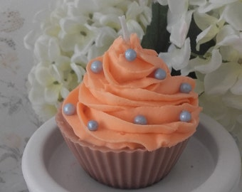 Handmade Scented Cupcake Candle/ Chocolate and Orange / Sow Wax/ Cotton Wick/ Natural Dye/ Natural fragrances