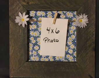 Reclaimed wood daisy picture frame 13x13