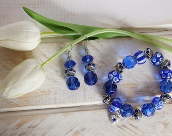 BRACELET DENIM DAYZ Glass Lampwork Stretch Bracelet and Matching Earrings