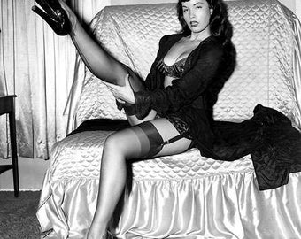 BETTIE PAGE PHOTO #4
