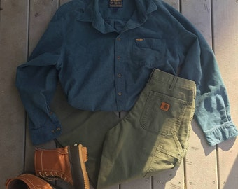 Vintage Woolrich Men's Teal Button-Up
