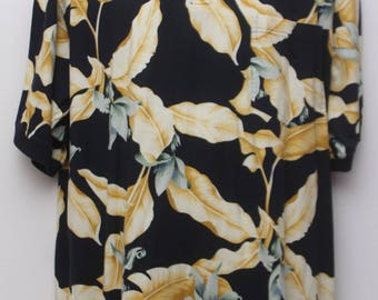 "90's Vintage ""TOMMY BAHAMA"" Floral Patterned Polo Shirt Sz: LARGE (Men's Exclusive)"