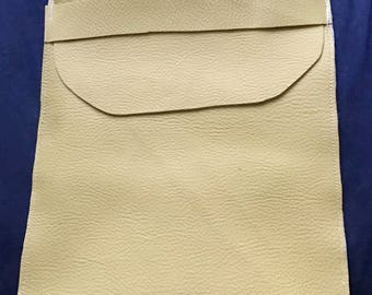 I-pad leather mustard unlined.
