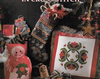 A Merry Christmas in Cross Stitch 1994 Better Homes & Garden Hardcover Book