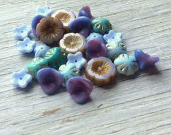 Purple Glass Bead Mix 25 pieces