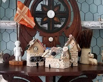 Miniture Cottage, Tiny House, Paper Home, Housewarming Gift, Wedding Decor, Photo Styling, Office Display, Tiny Shadowbox, Vintage Decor