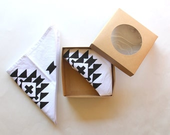 Aztec Inspired Dinner Cloth Napkins - Tribal Print