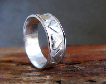 Silver Band Ring with Hearts Romantic Ring Gifts for Valentines Minimal Rings Stack Rings