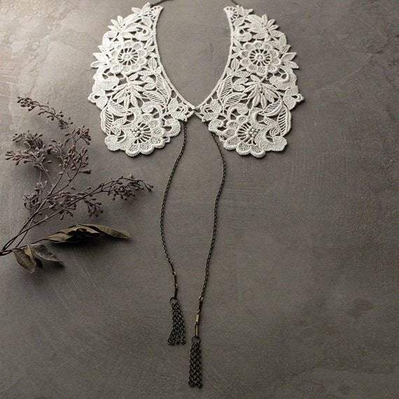 ivory lace collar | PICKFORD | peter pan collar / detachable collar / tassel necklace