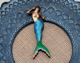 Green Mermaid Brooch, Wood Accessory, Mermaid Illustration, Wood Jewelry