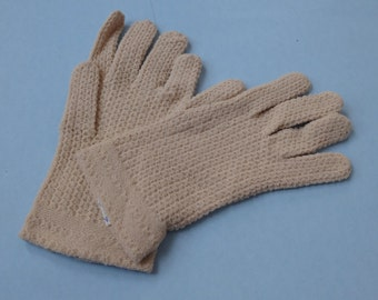 Vintage Beige Stretch Nylon Gloves Made in Italy New With Tag
