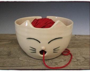 White Cat Yarn Bowl by misunrie