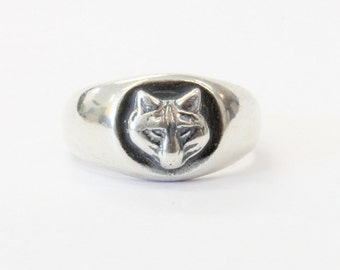 Sterling Silver Wolf  Ring 546