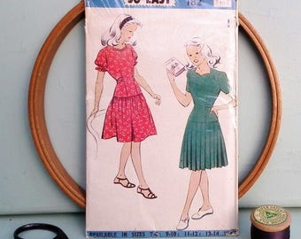 "Vintage 1940s Sewing Pattern Weldons So-Easy Pattern 182 UK 40s Girls Dress Age 7 - 8 Years 25"" chest Factory Folded Unused Second World War"