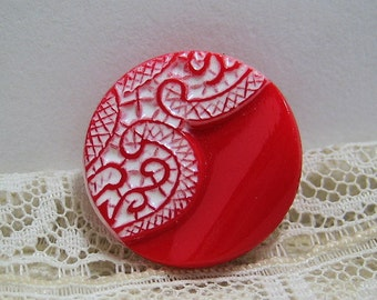 "11/16"" Molded and Painted Lace Pattern on Red Vintage Glass Button"