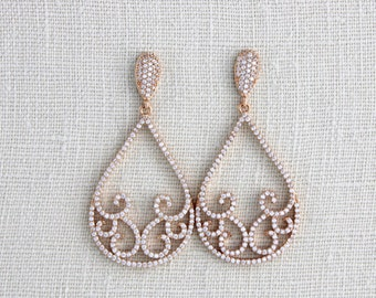 Rose Gold Bridal earrings, Rose gold Wedding earrings, Wedding jewelry, Teardrop earrings, Rose gold chandelier earrings, Swarovski crystal