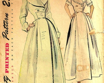 Vintage 1940s Double Breasted Robe, Housecoat Simplicity 2683 Misses Size 12 Bust 30  inch Wide Collar Cut and Complete Pieces