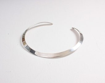 Vintage 70s Silver Choker / 1970s Simple Modernist Genuine Sterling Necklace