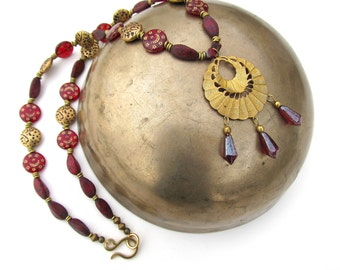 Arabian Fantasy Necklace in Red and Gold