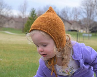 Bonnet Pattern // Baby Bonnet Pattern // Knitting Patterns for Babies // Pixie Bonnet Pattern // Whimsy Bonnet