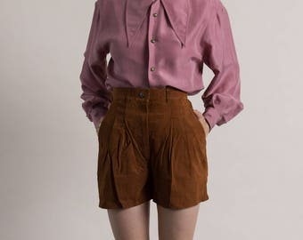 Vintage 80s Sienna Suede Shorts / Pleated Leather Shorts