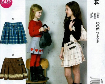 Child's/Girls' Skirts & Purse Pattern by McCall's, #6784 Sizes: 3-6.   Uncut
