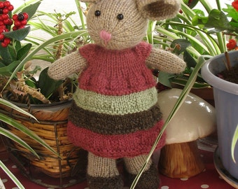 Lovely knitteds stuffed bunny doll