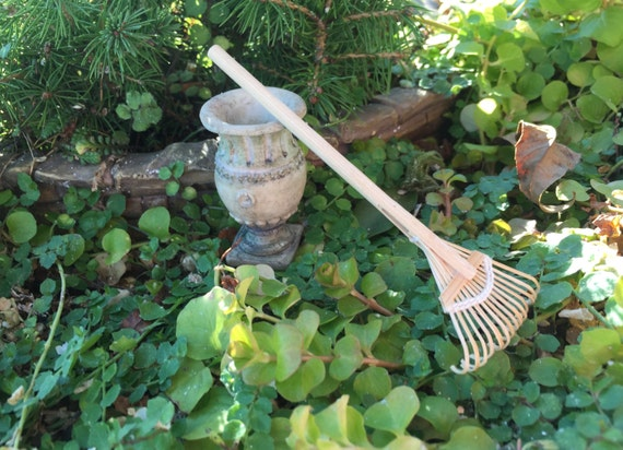 Miniature Rake, Wood Handle Leaf Rake, Dollhouse Miniature, 1:12 Scale, Miniature Gardening, Fairy Garden Decor, Dollhouse Accessory, Topper