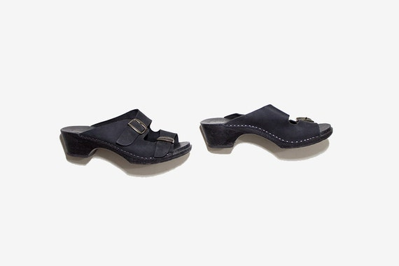 Vintage Leather Clogs 7 / Black Leather Sandals / Black Leather Mules / Buckle Sandals