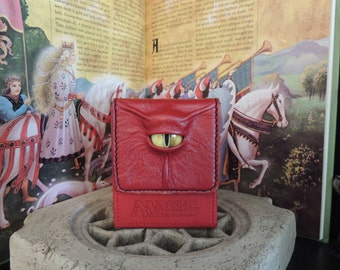 Magic the Gathering Deck Box (Red with Yellow Eye)