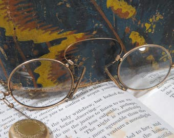 Antique Pince Nez Eyeglasses with Retractable Chain in Gold Filled Brooch, Spring Hinge Victorian Glasses