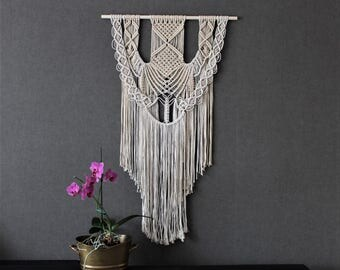 Macrame wall hanging - Giant - Bohemian macrame wall hanging - Handmade - Wall Art - Boho Macrame home decor - Ivory - White